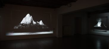 Installation view @ Van Stof Tot Asse triannual, Asse (B),  2014, 2 loops.